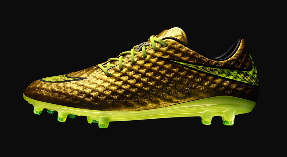 Neymars Guld Nike Hypervenom