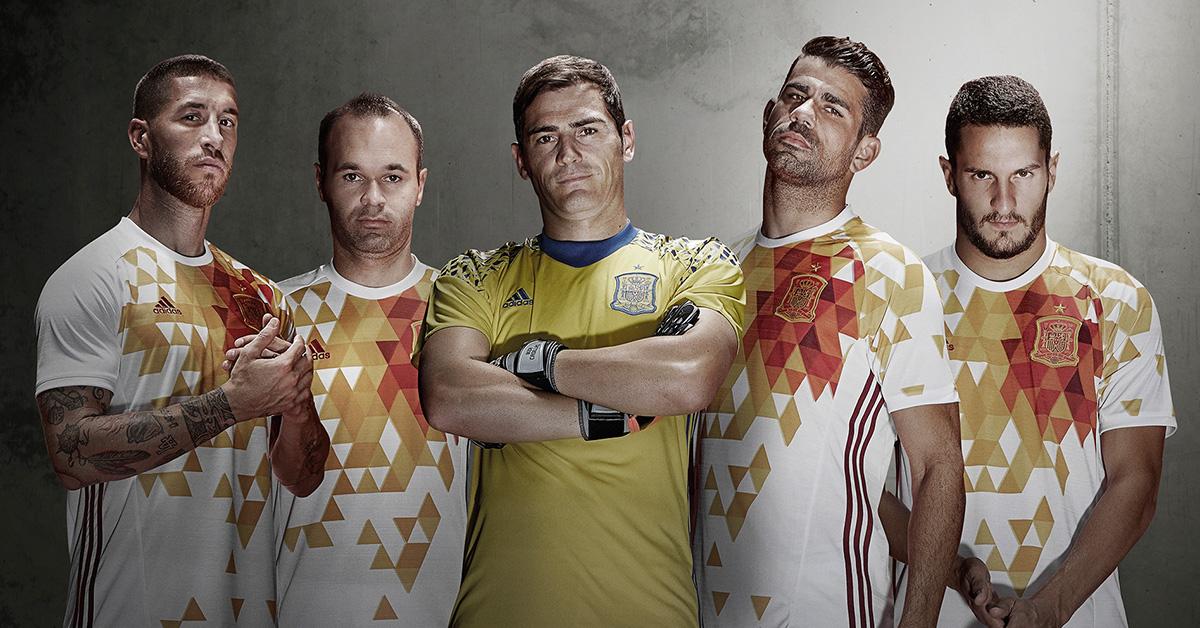 Spaniens Udebanetrøje 2016
