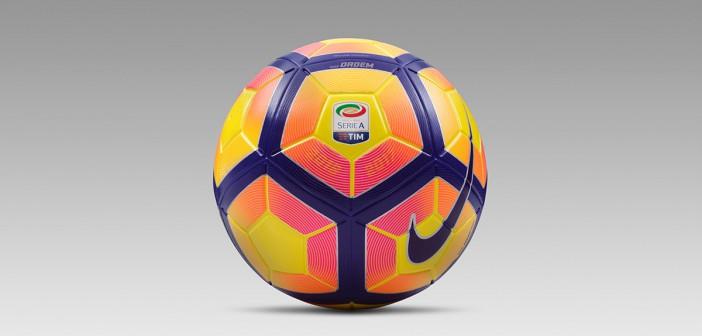 Nike Ordem 4 Hi-Vis Serie A Fodbolden